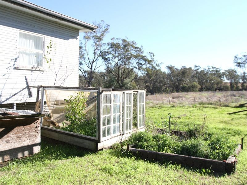 78 Berry Road, Acland QLD 4401