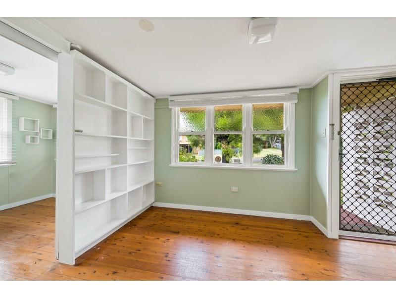 7 Norah Street, Centenary Heights QLD 4350