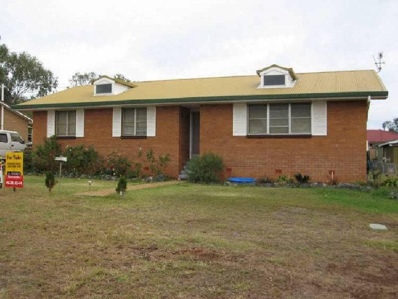 5 Werth Street, Acland QLD 4401