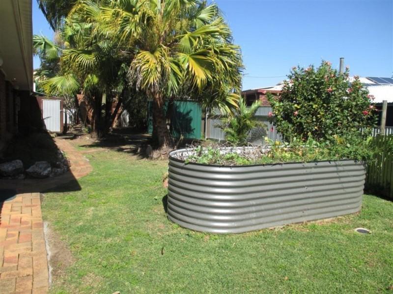 8 Chinnock Court, Alexandra Hills QLD 4161