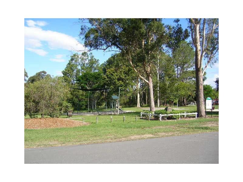 12 Coronation Avenue, Woodford QLD 4514