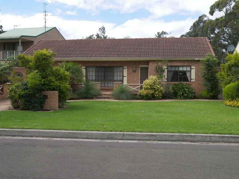 90 Koona Street, Albion Park Rail NSW 2527