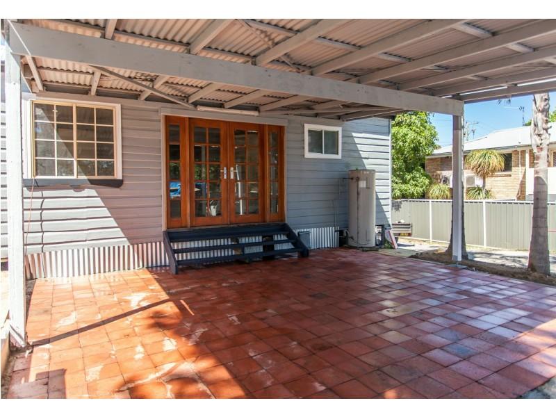 9 William Street, Abermain NSW 2326