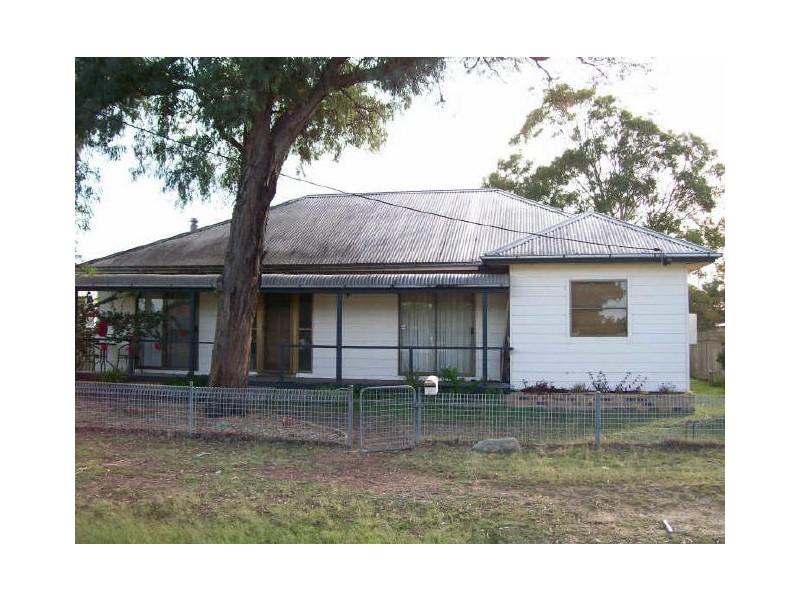 7 Curry Street, Aberdare NSW 2325