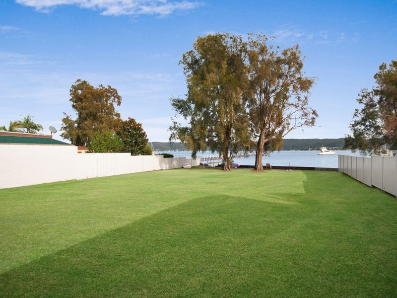 259a Avoca Drive, Green Point NSW 2251