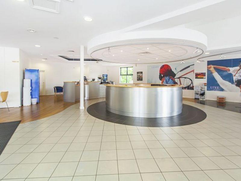 62 Anzac Avenue, Hillcrest QLD 4118
