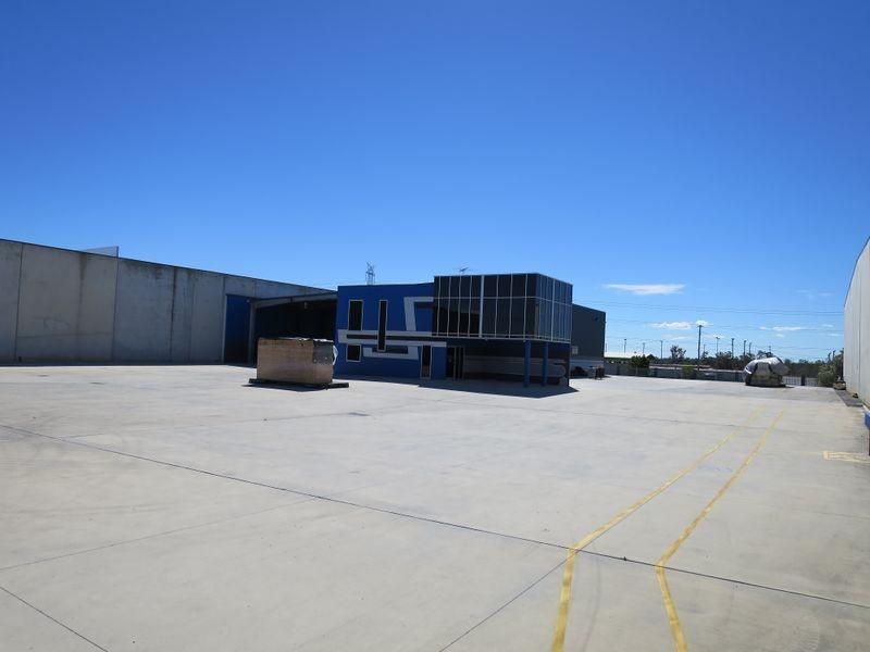 22 Commerce Place, Larapinta QLD 4110