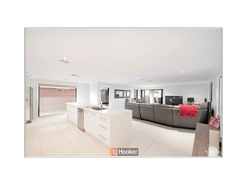 86 Overall Avenue, Casey ACT 2913