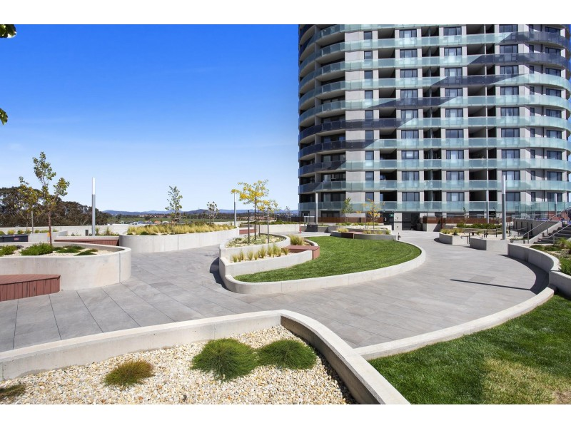 82/1 Anthony Rolfe Avenue, Gungahlin ACT 2912