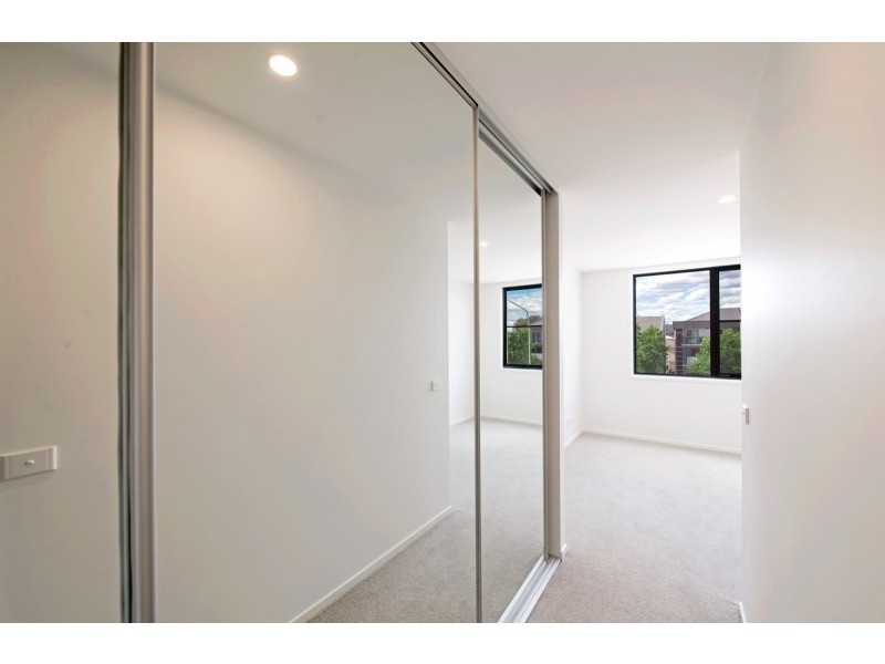 1 Bed + Study 24/2 Hinder Street, Gungahlin ACT 2912
