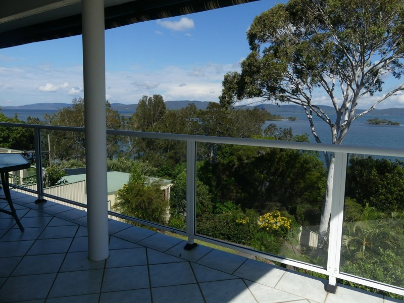 25 Green Point Drive, Green Point NSW 2428
