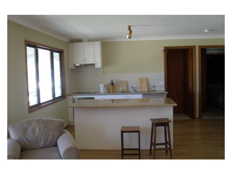 8 Emerald Drive, Diamond Beach NSW 2430