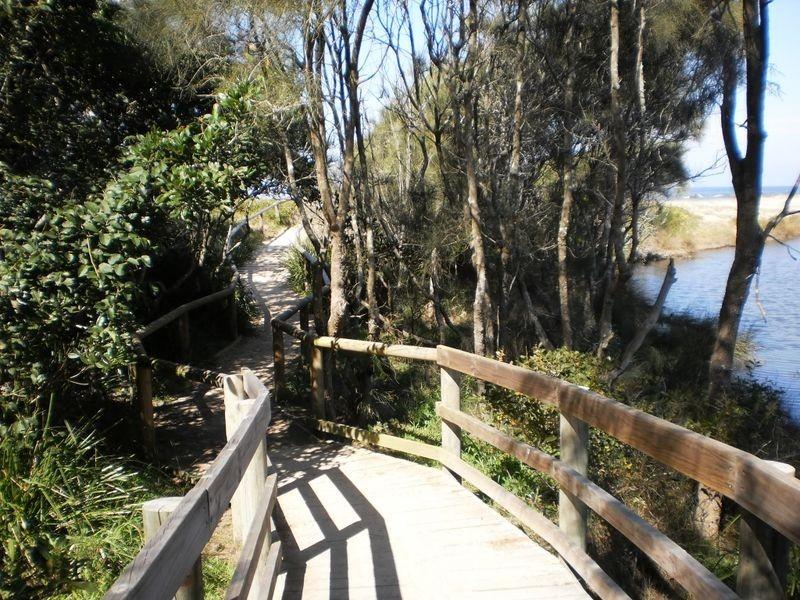 6 Pearl Place, Diamond Beach NSW 2430
