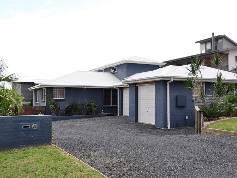 20 Emerald Drive, Diamond Beach NSW 2430