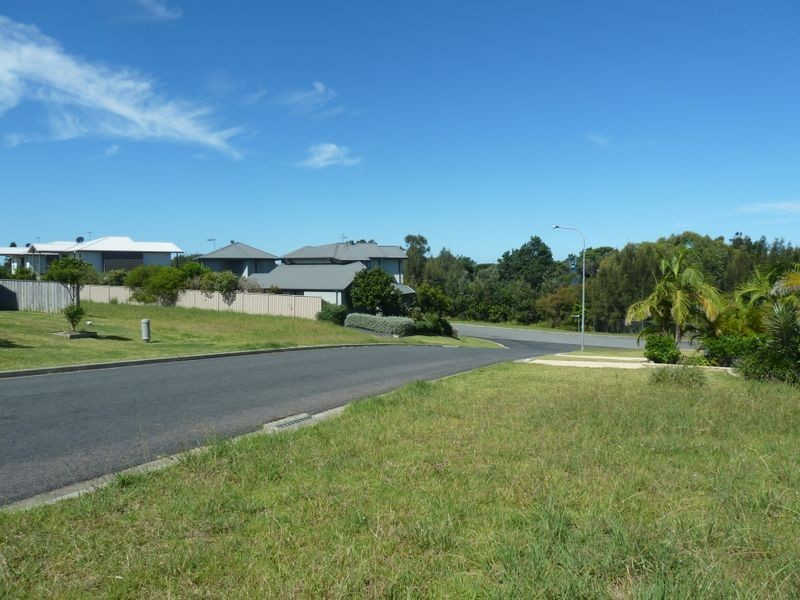 43 Emerald Drive, Diamond Beach NSW 2430