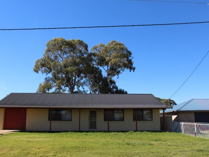 3 Railway Street, Glen Innes NSW 2370