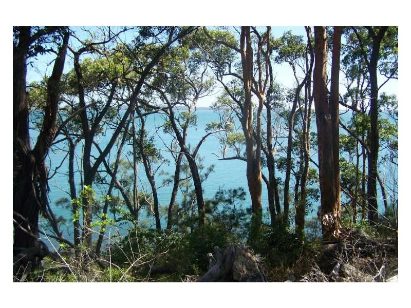 25 The Esplanade, North Arm Cove NSW 2324