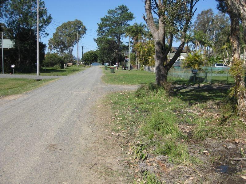 4 Morantes Street, Pindimar NSW 2324
