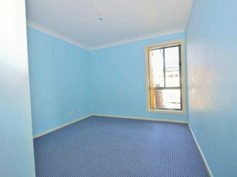8 Cecil Baldwin Close, West Kempsey NSW 2440