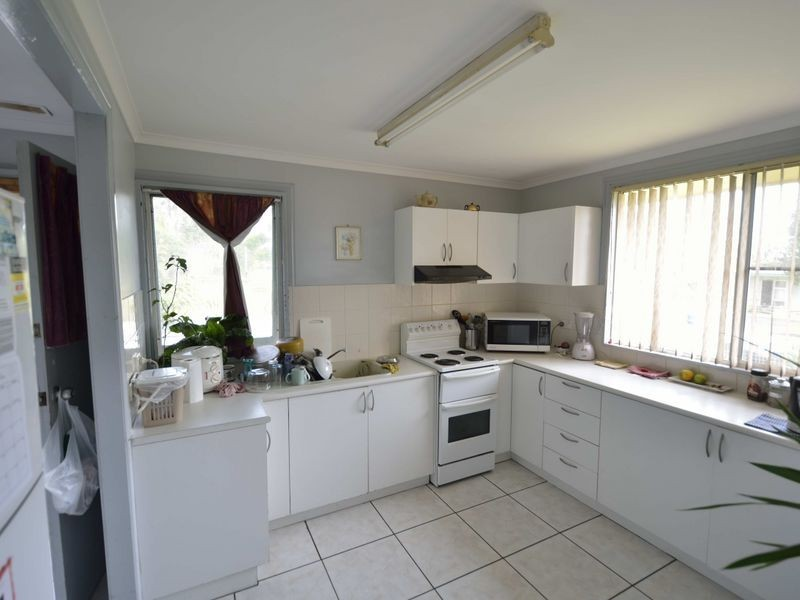 8 Gordon Nixon Avenue, West Kempsey NSW 2440