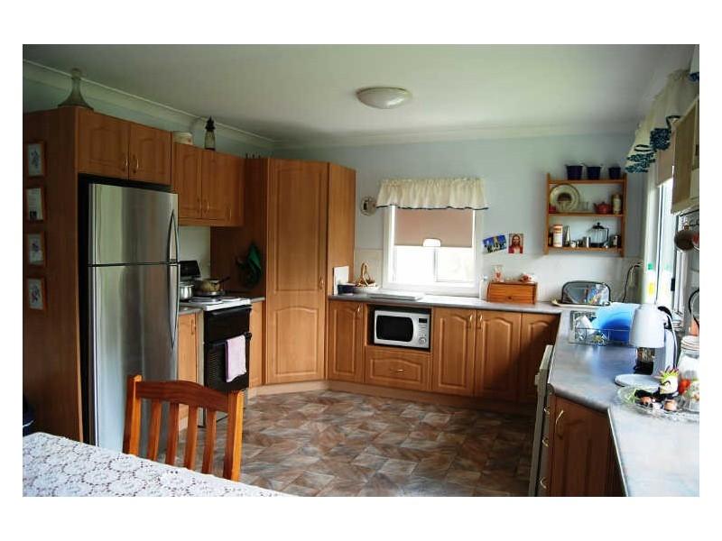 100 Sherwood Road, Aldavilla NSW 2440
