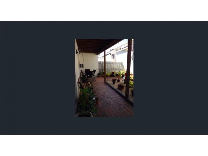 Unit 18/14 Kensington Place, Birkdale QLD 4159