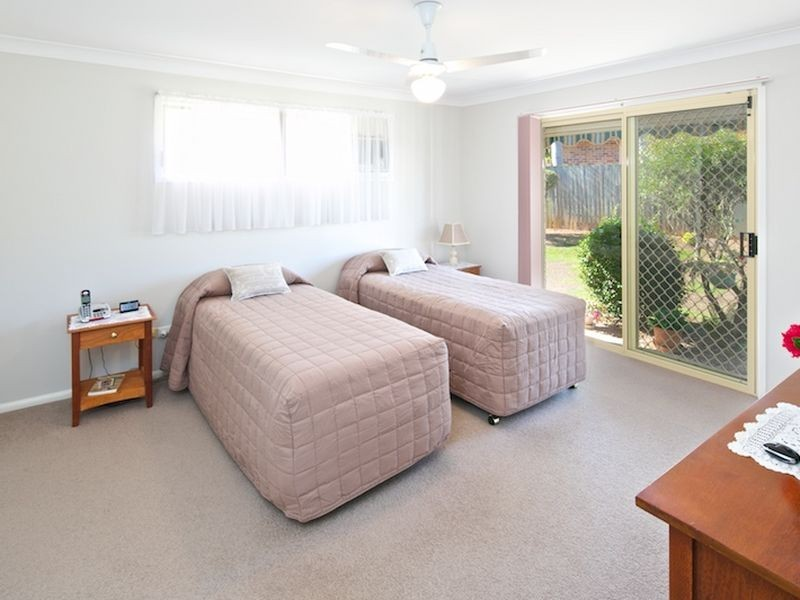 9-10 Leicester Street, Birkdale QLD 4159