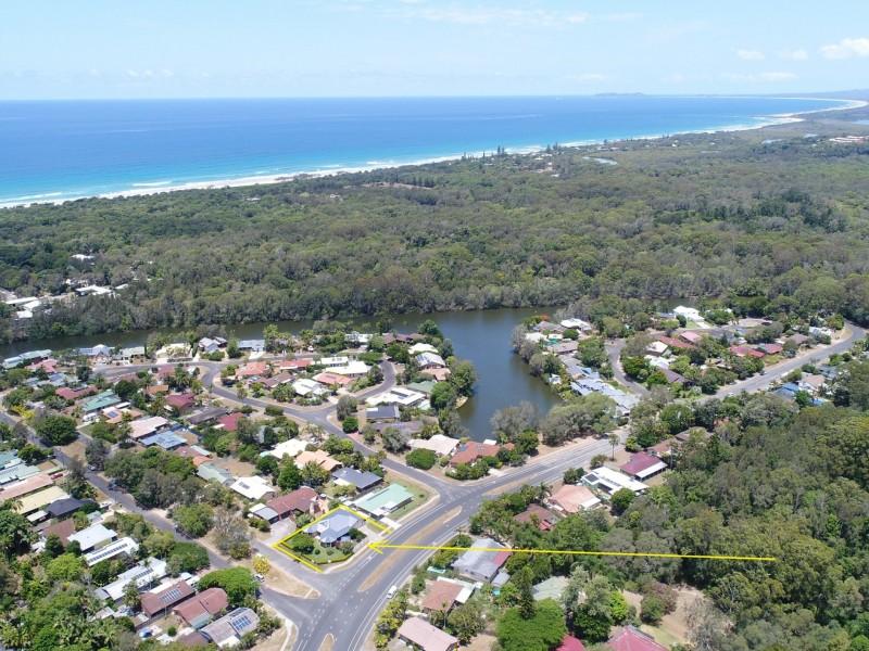21 Kolora Way, Ocean Shores NSW 2483