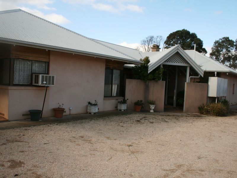 Section/100 Cemetery Road, Minlaton SA 5575