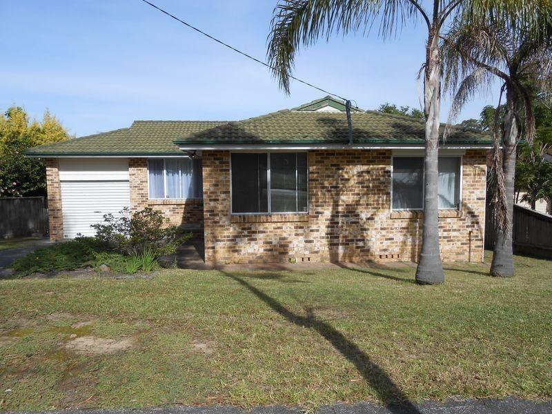 6 Debra Anne Close, Bateau Bay NSW 2261