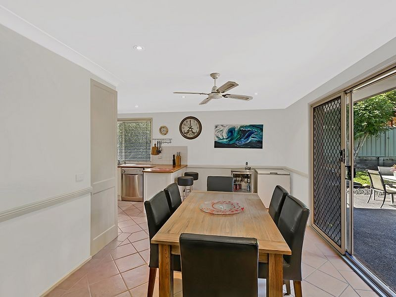 2 Logan Place, Ourimbah NSW 2258