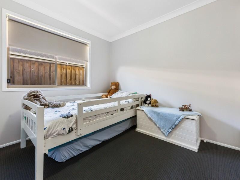33 Dunnart Street, Aberglasslyn NSW 2320