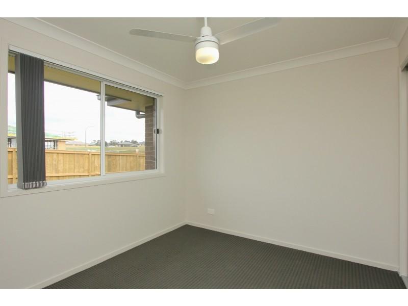 36 Golden Whistler Avenue, Aberglasslyn NSW 2320
