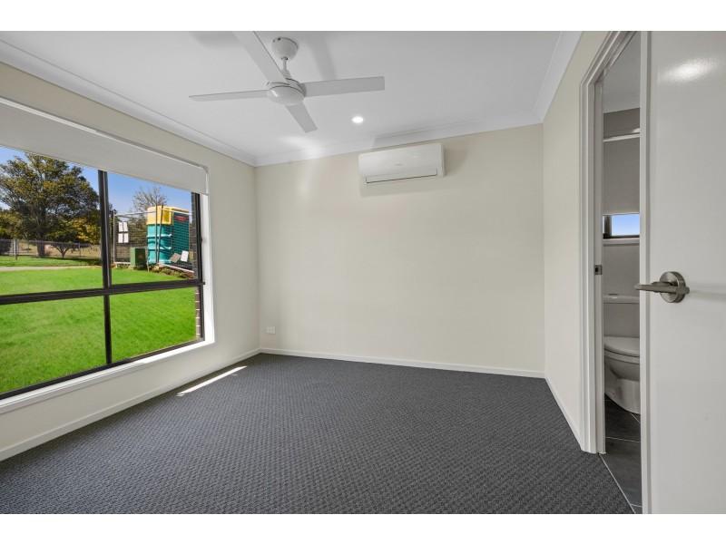 1/2 Kent Street, Greta NSW 2334