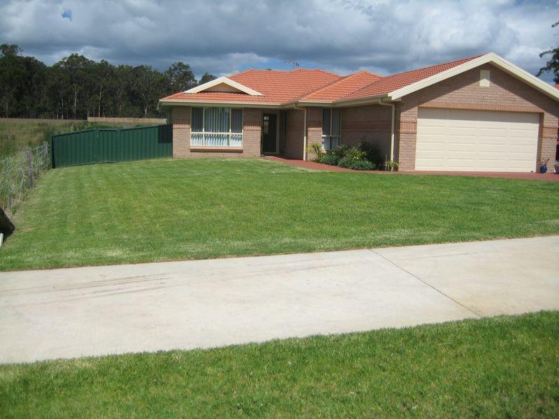 127 Aberglasslyn Rd, Aberglasslyn NSW 2320