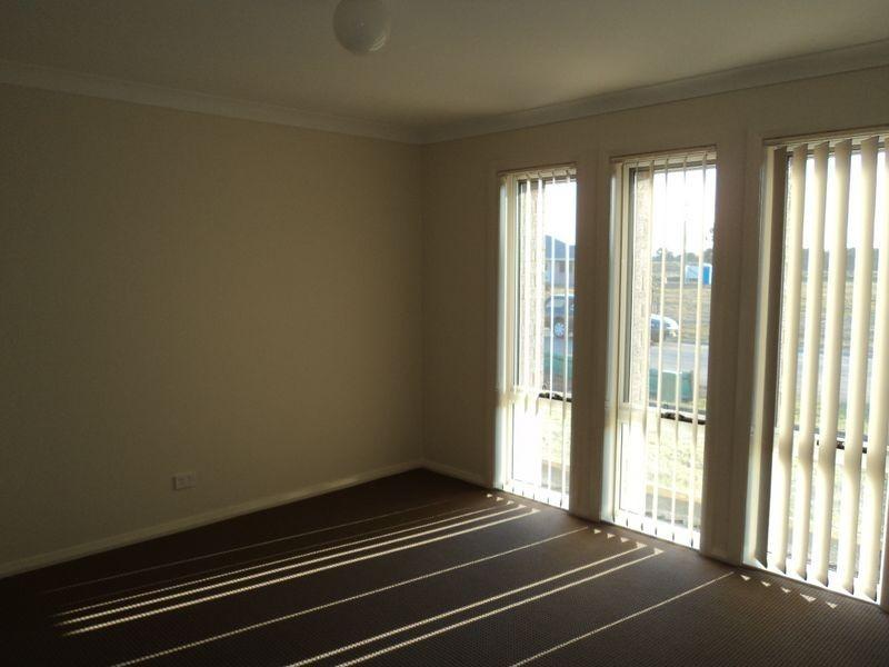 6 Fonda Place, Aberglasslyn NSW 2320