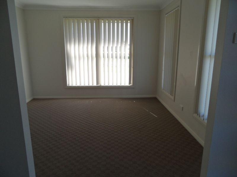 53 Redgum Circuit, Aberglasslyn NSW 2320