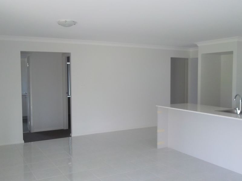 6 Wagtail St, Aberglasslyn NSW 2320