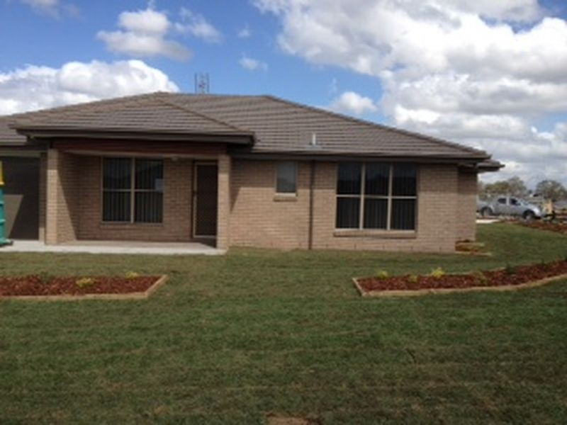 2 O'Learia Way, Aberglasslyn NSW 2320