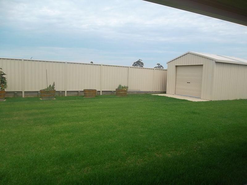 27 Diamond Circuit, Aberglasslyn NSW 2320
