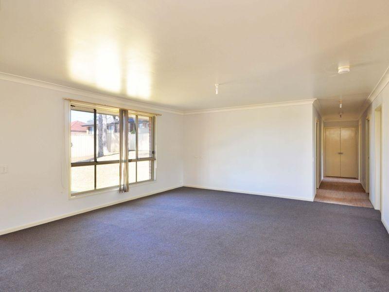 13 Treefern Close, Aberglasslyn NSW 2320
