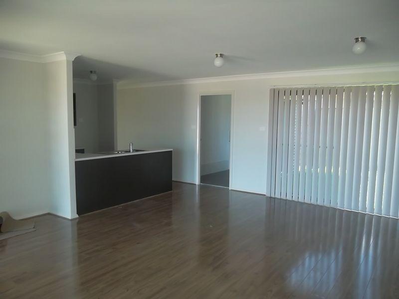 99 McKeachies Drive, Aberglasslyn NSW 2320