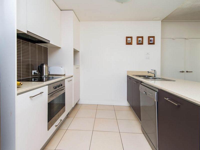 514/66 Sickle Avenue, Hope Island QLD 4212