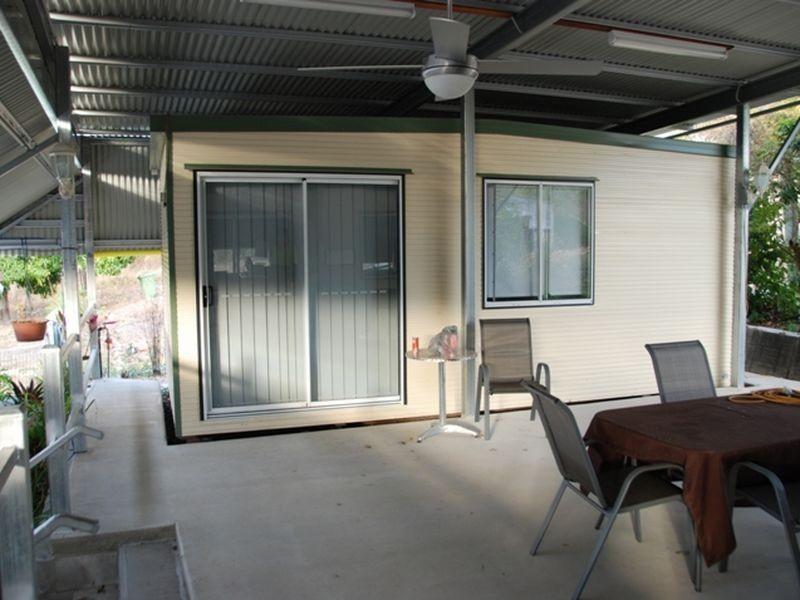 27 Flaggy Rock Road, Carmila QLD 4739