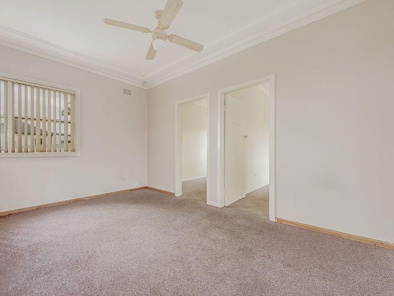 57 Lake Avenue, Cringila NSW 2502