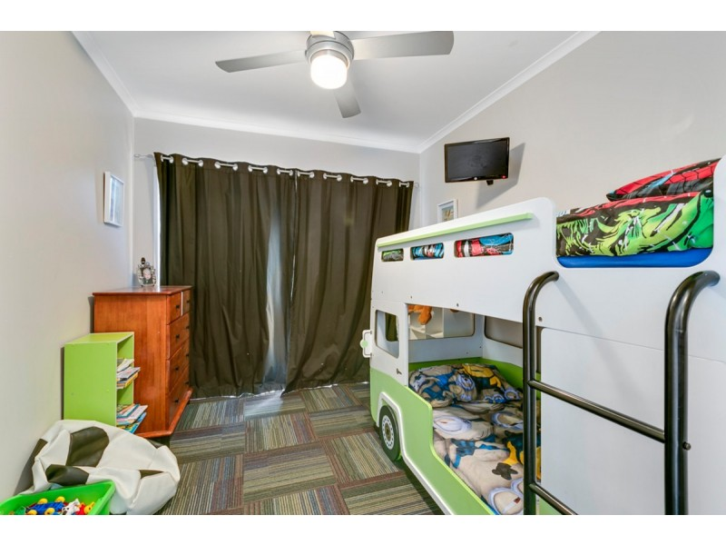 2/25 Chaplin Crescent, Oxenford QLD 4210