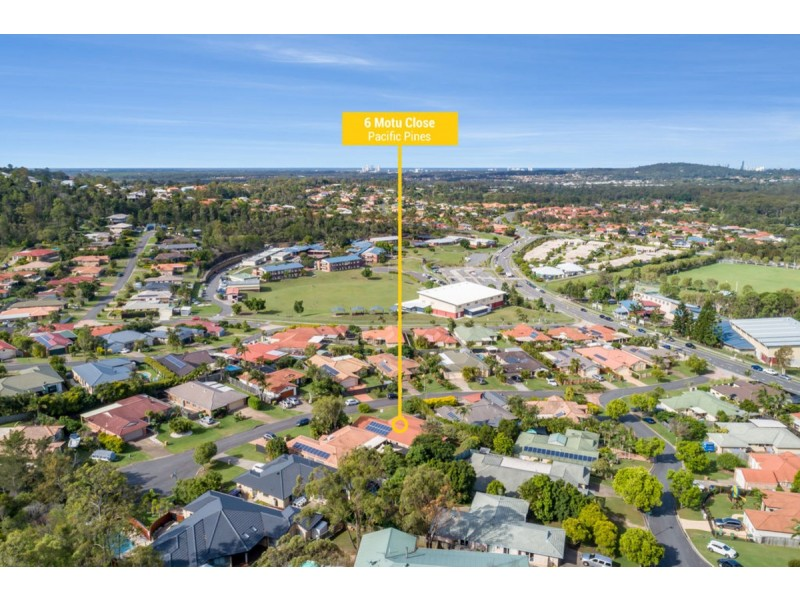 6 Motu Close, Pacific Pines QLD 4211