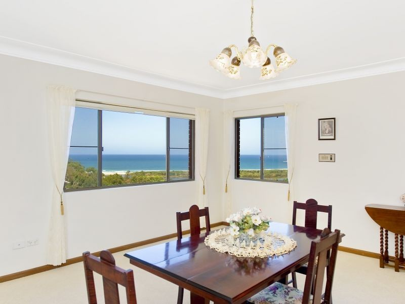 35 Lincoln Avenue, Collaroy NSW 2097