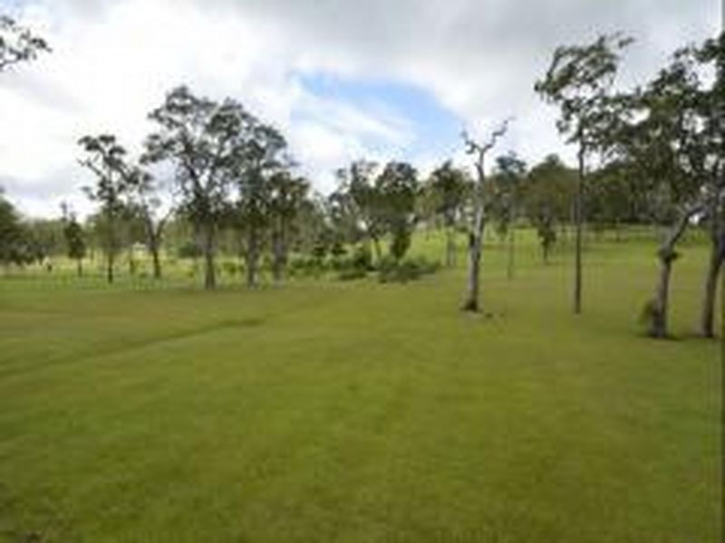 2 Wallaby Lane, Black Mountain QLD 4563