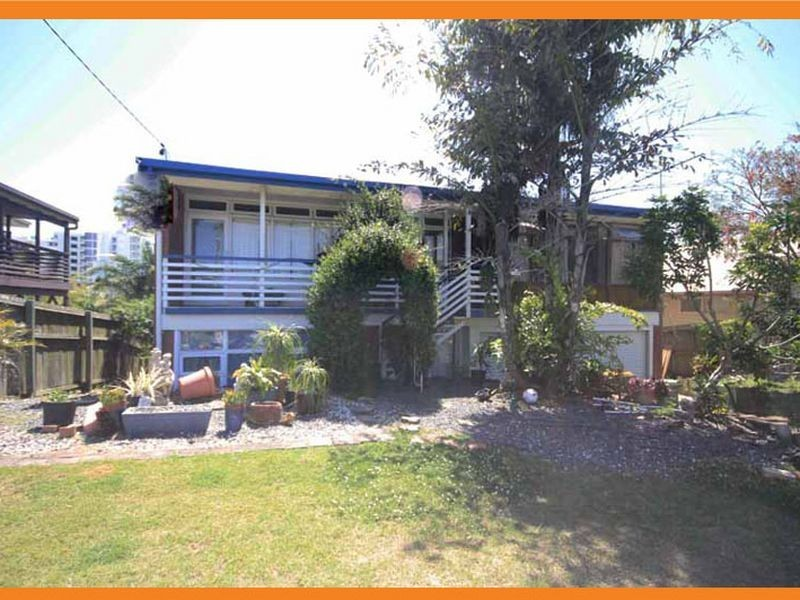 31 Saltair Street, Kings Beach QLD 4551